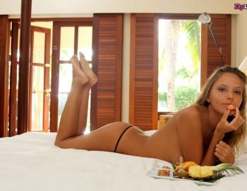 Эротический завтрак порно фото 218-741