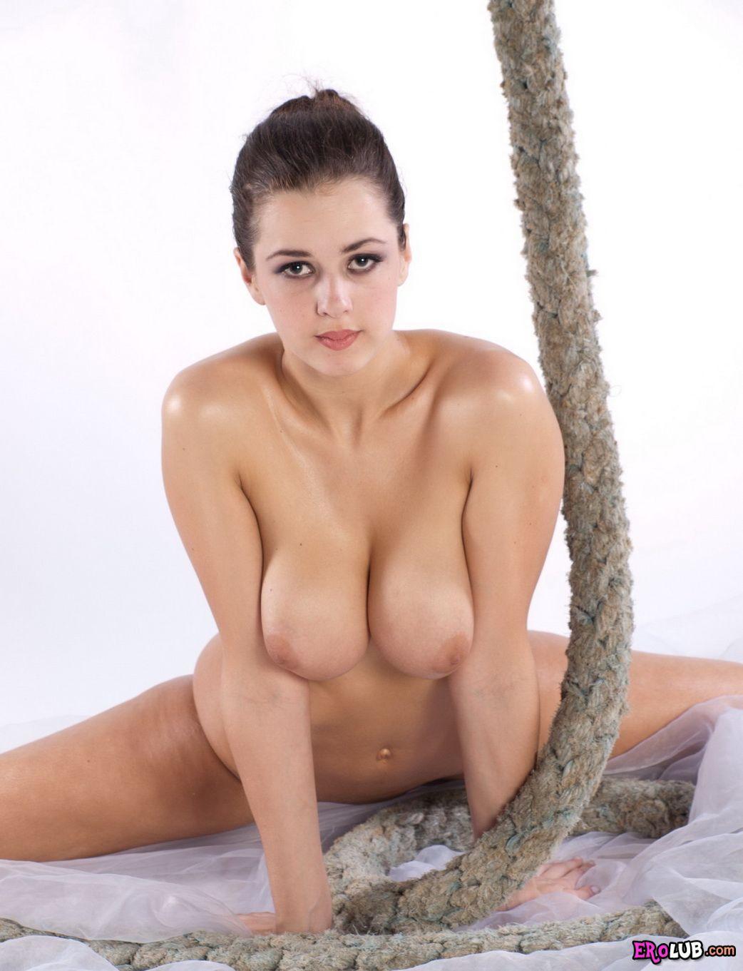 Аппетитные женские формы видео порно