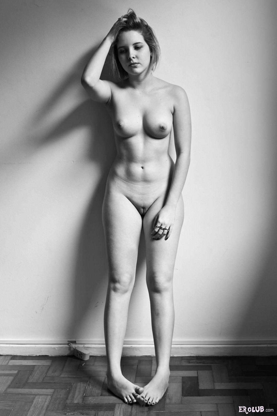Лобок  эротические фото лобков девушек и женщин