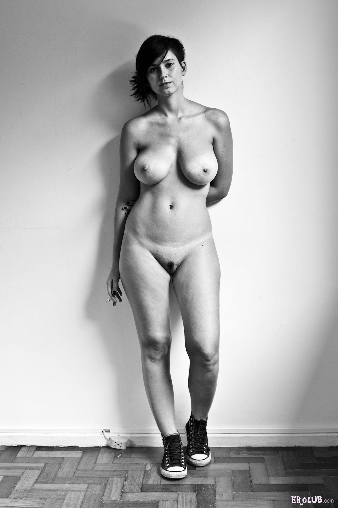 golie-zhenskie-figuri-foto