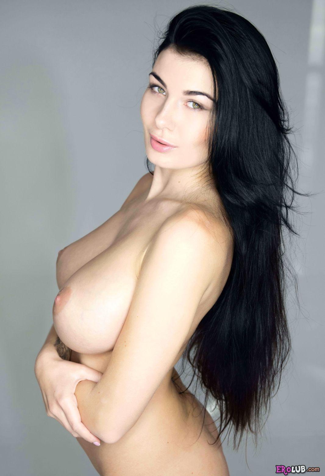 Смотреть порно с большими красивыми сиськами 24 фотография