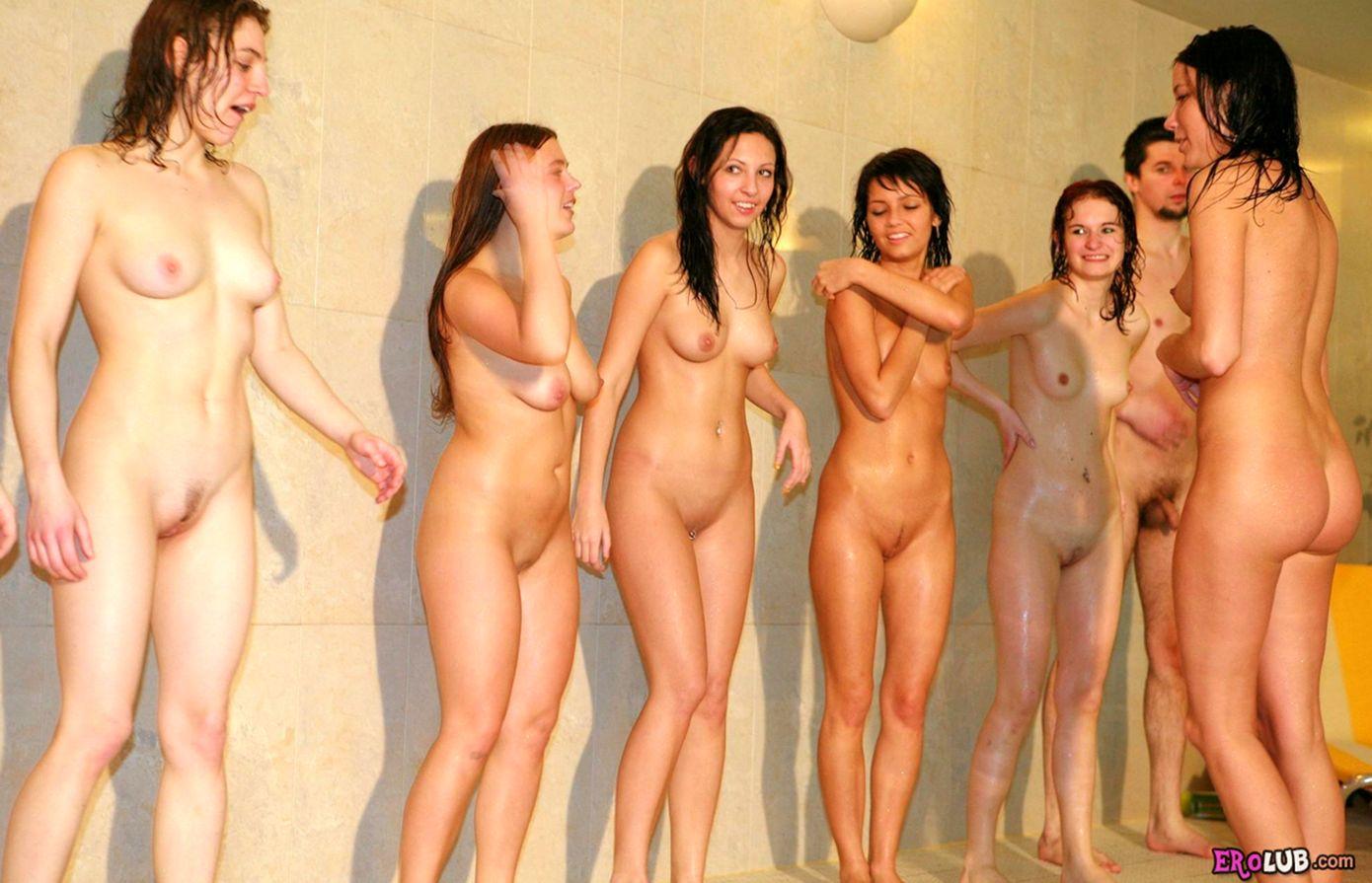 Почему фото молодые девушки раздеваются осознаешь