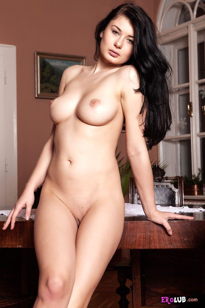 Эротическое фото и видео на World Tits
