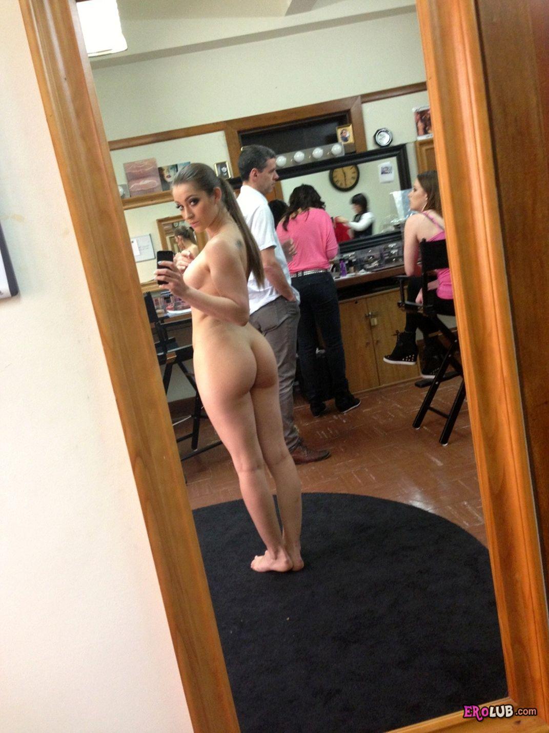 Домашние голые фото молодых девушек