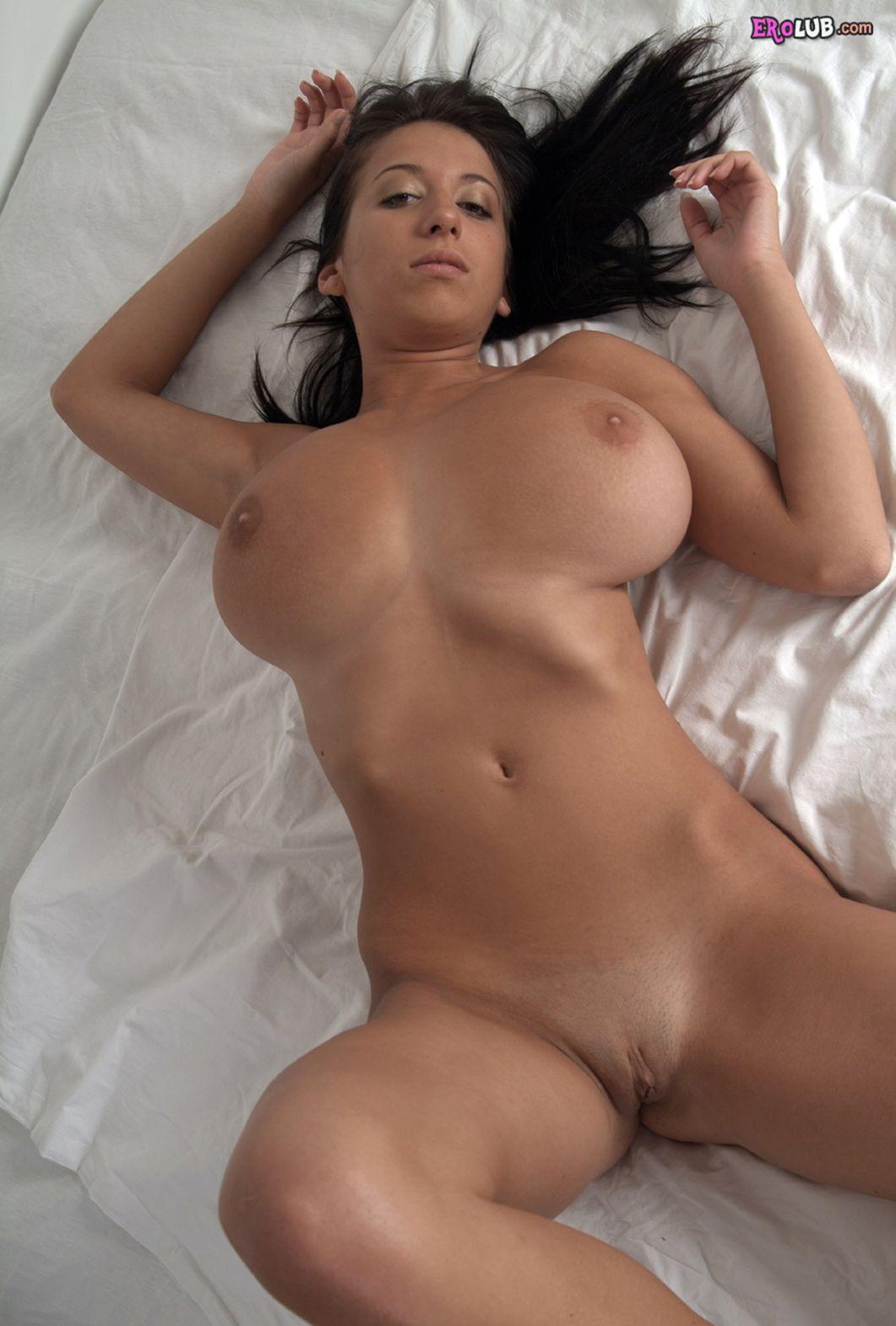 Фото девушки большие сиски 19 фотография
