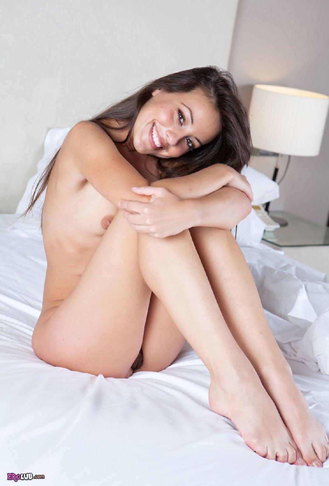 Голые девушки Сочные фото красивых голых девок