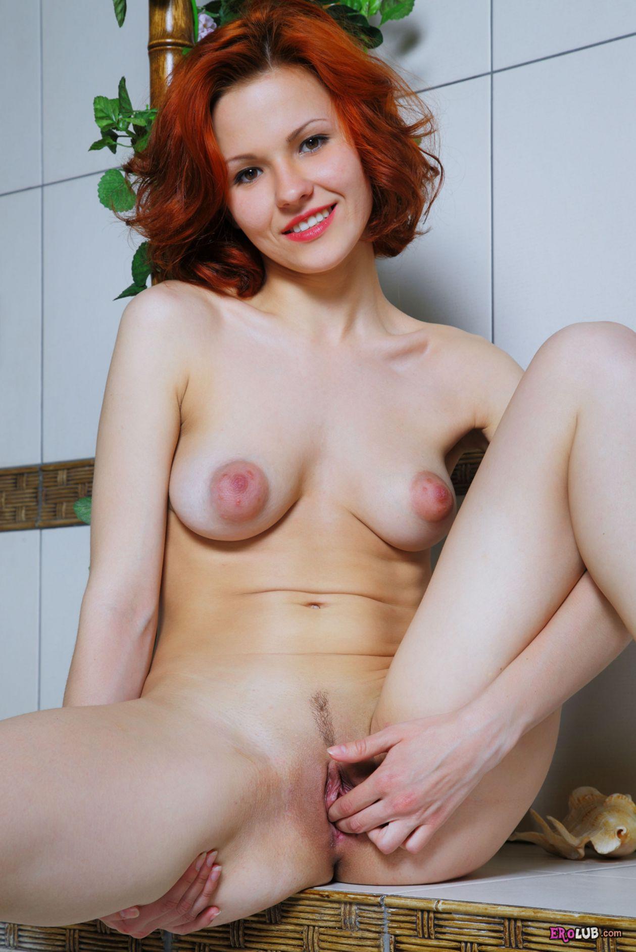 Женские гениталии - голые и красивые на фото
