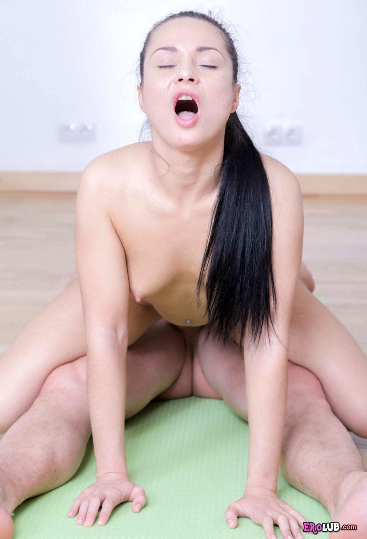 порно игры трогать сиськи