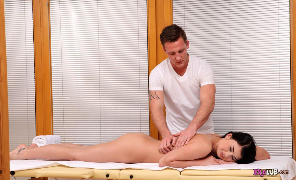 Секс массажиста с девушкой фото 11 фотография