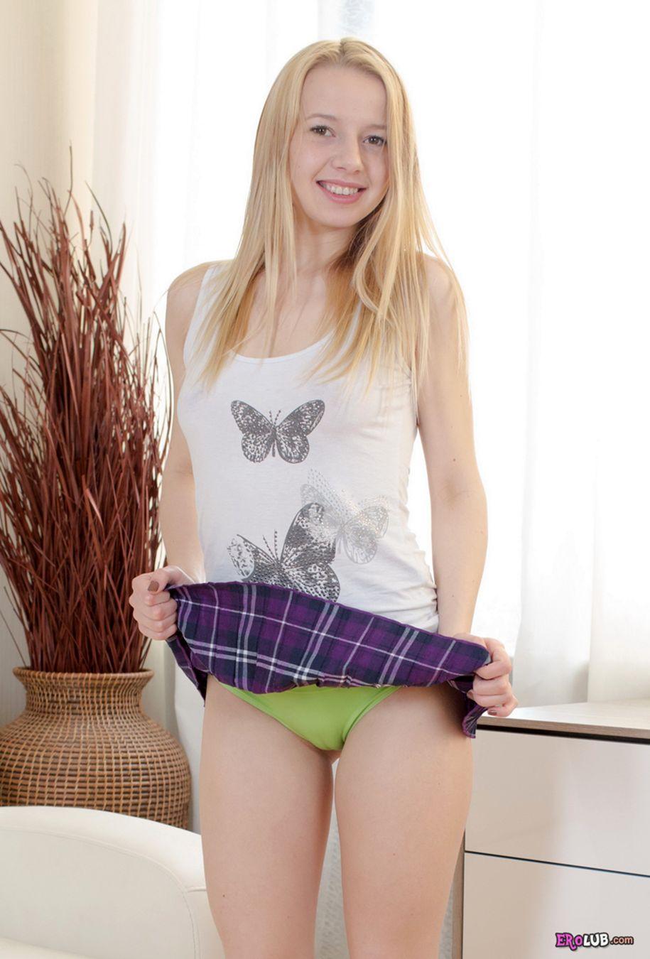 молоденькая пышная порно фото