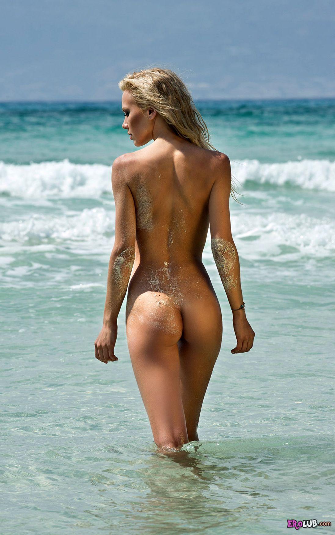 фото молоденьких девушек на пляже
