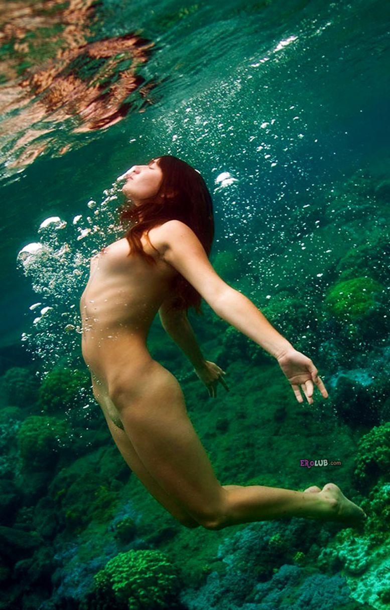 девушки под водой видео эротика