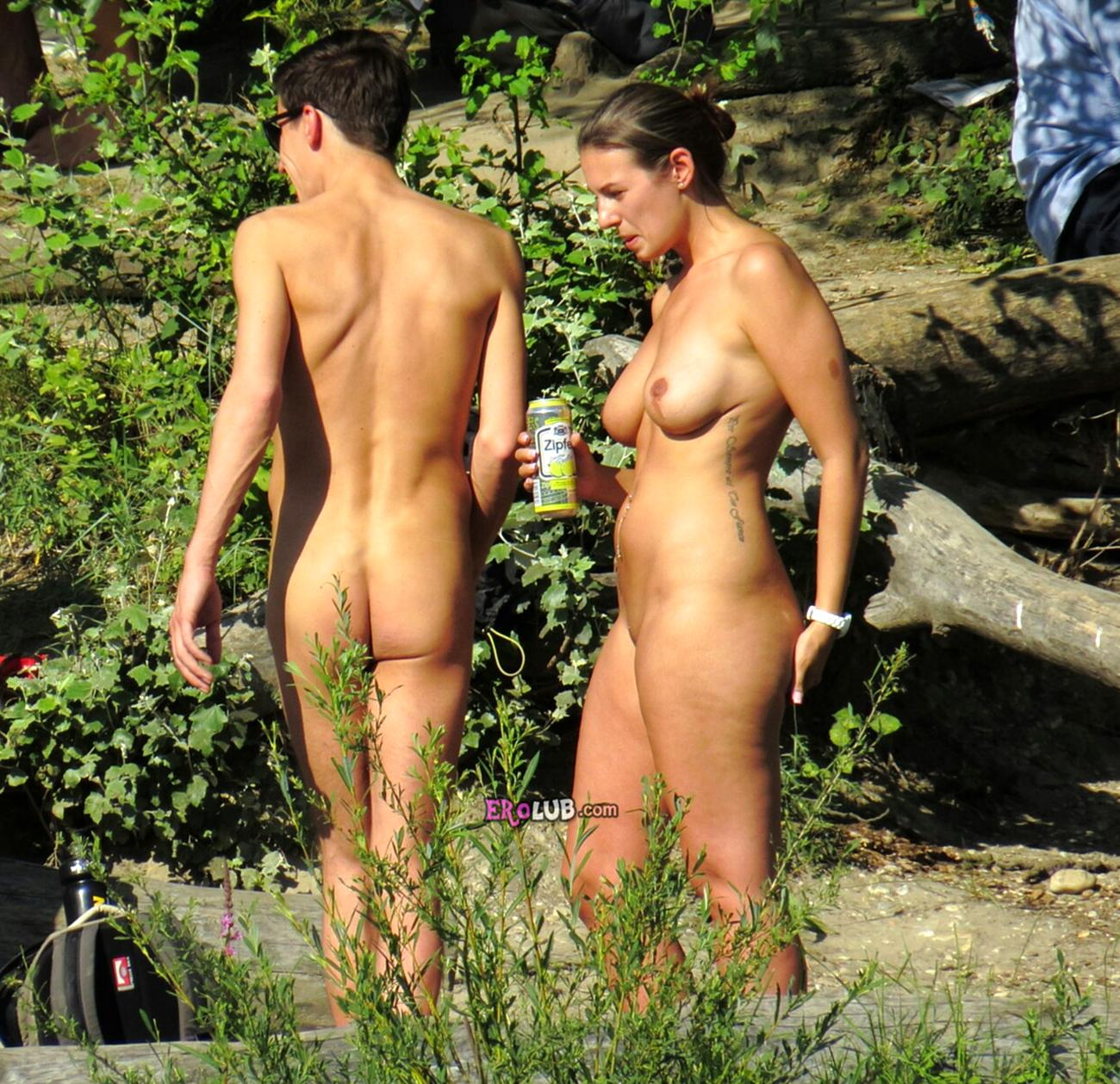6-nudisti