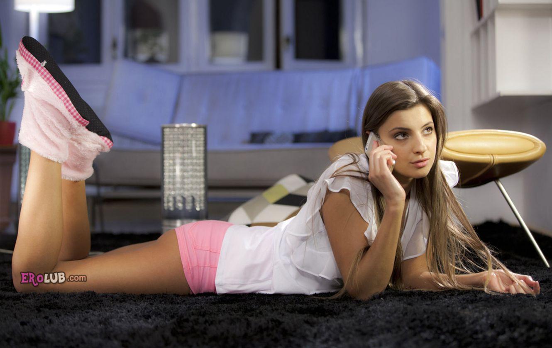 секс во время телефонного разговора