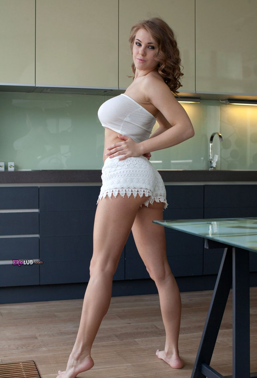 Красивые голые девушки на фото и видео  Эротика онлайн