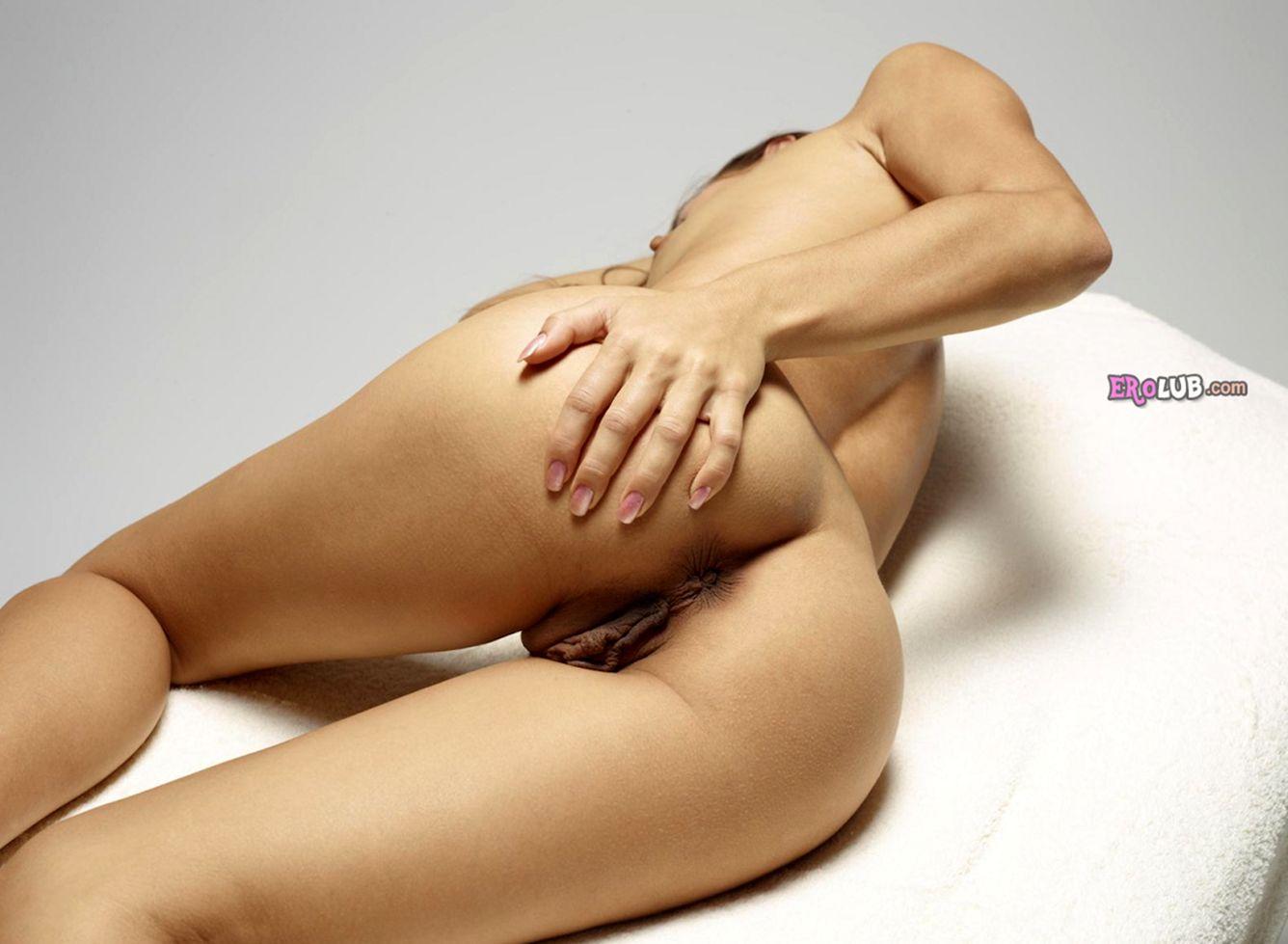 смотреть на мобильном видео массаж половых губ