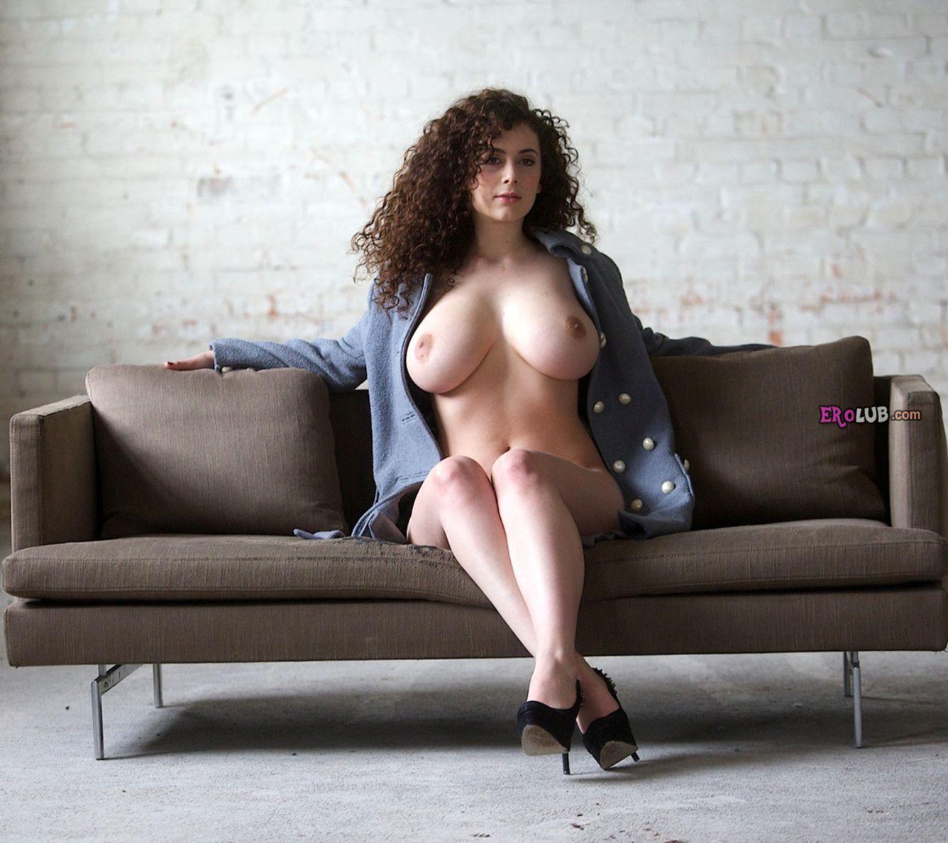 порно онлайн большие молочные сиськи