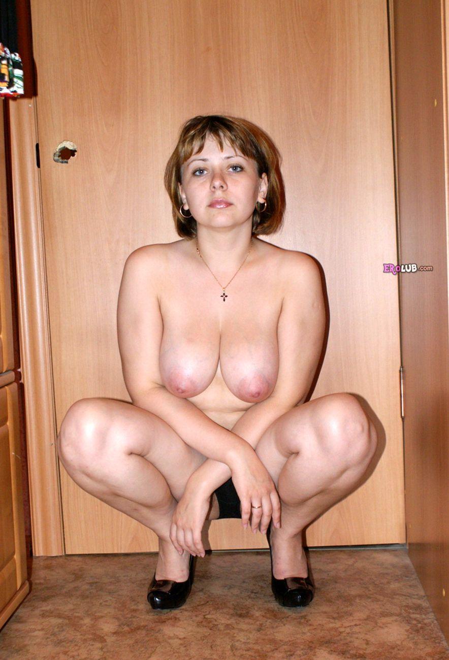 Голая жена с большими грудями