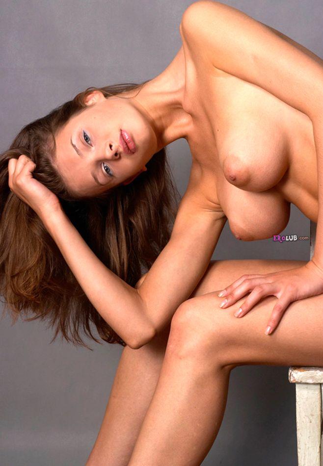 стройная с большая грудью порно