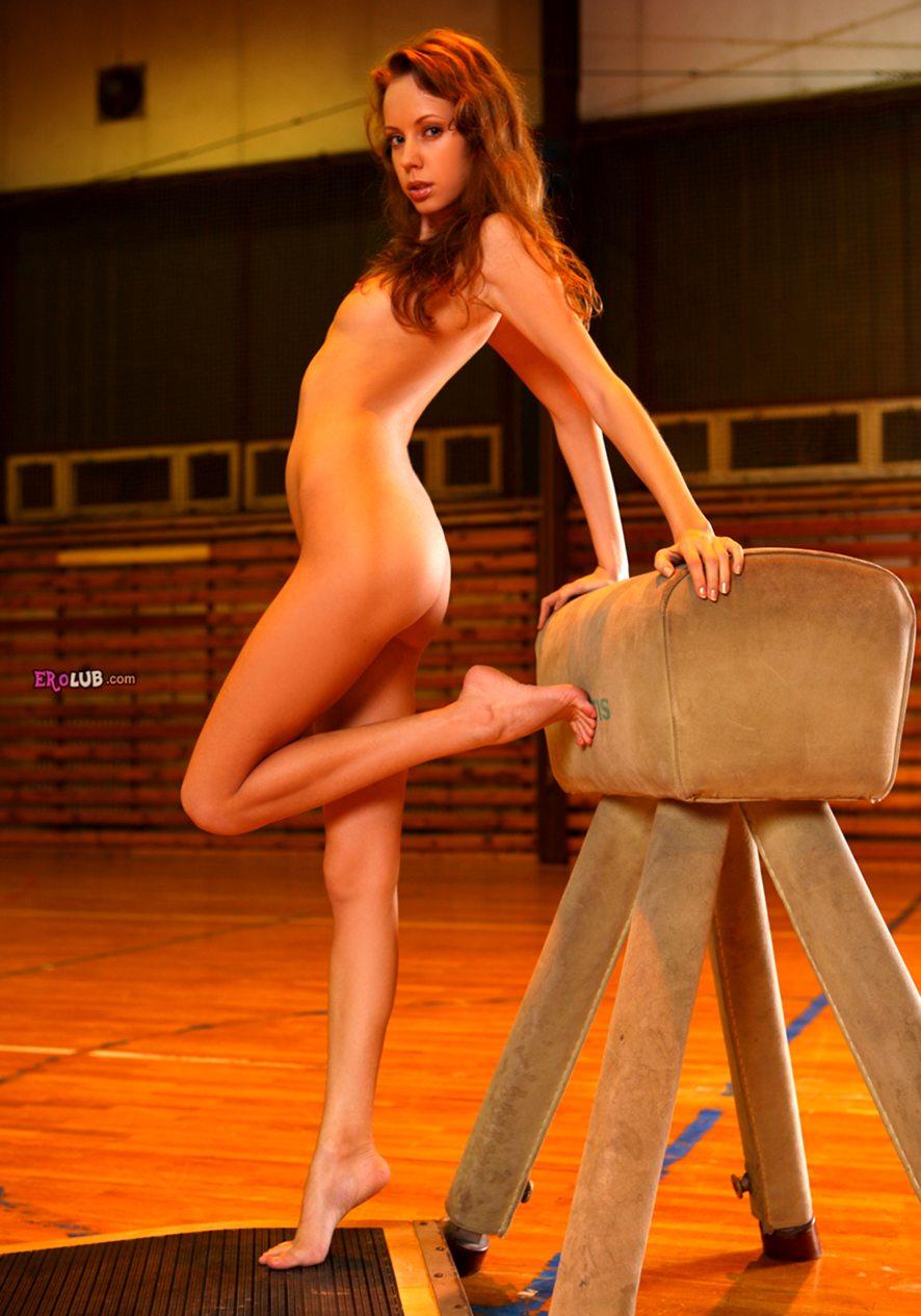 Голые спортсменки фото  обнаженные девушки в спорте на
