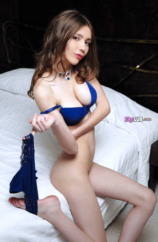 Порно скрытая камера, молодая студентка с маленькой грудью ...