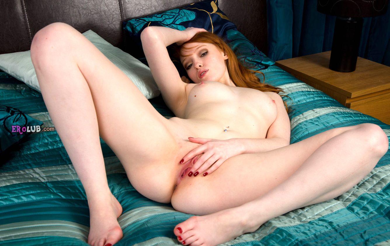 порно фото мужик ласкает ее руками